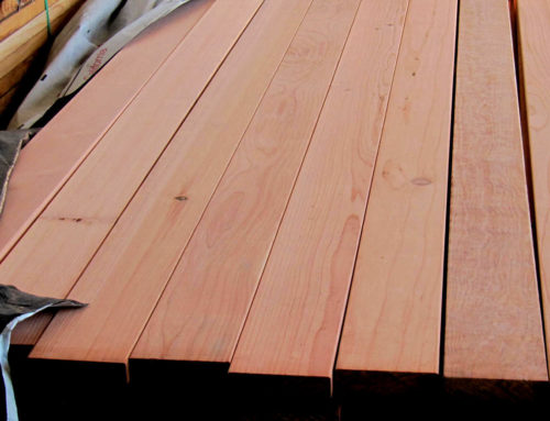 What are the benefits of redwood for outdoor furniture